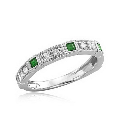 emerald7 How Do You Select Gemstones For Young Girls?