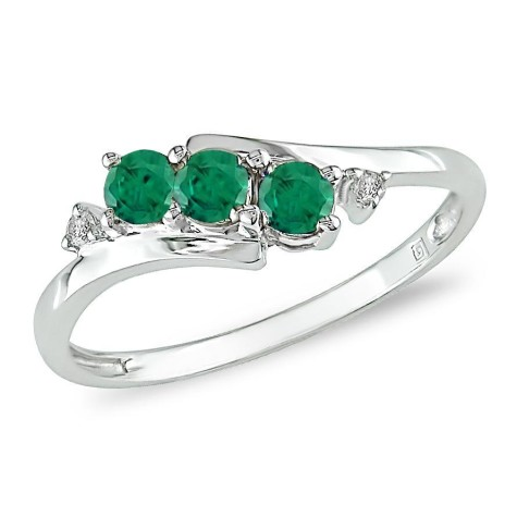 emerald9-475x475 How Do You Select Gemstones For Young Girls?
