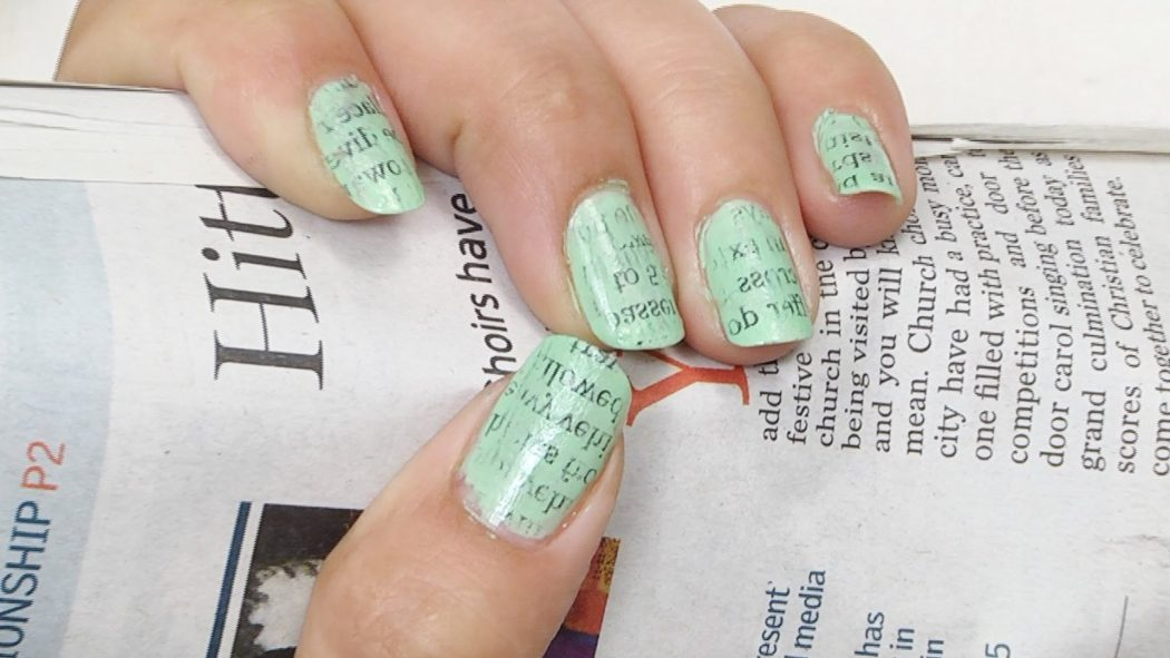 maxresdefault-3 20+ Creative Newspaper Nail Art Design Ideas