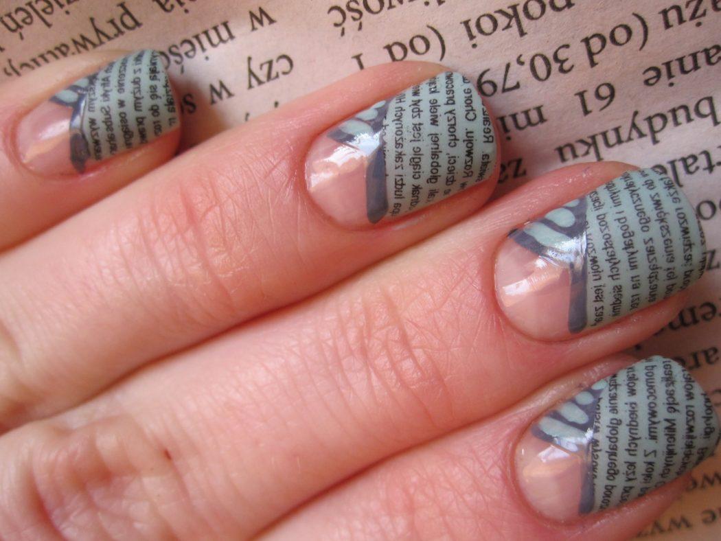 Фото ногти с рисунком газеты