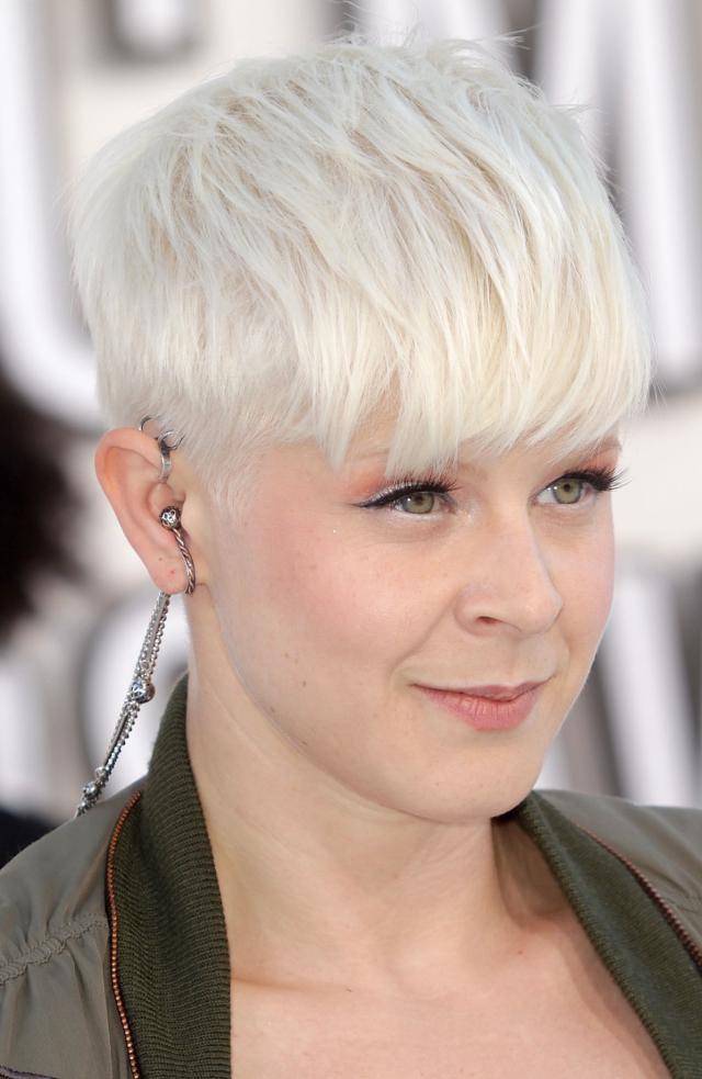 robyn-short-hair Sexiest Prom Hairstyles for Short Hairs
