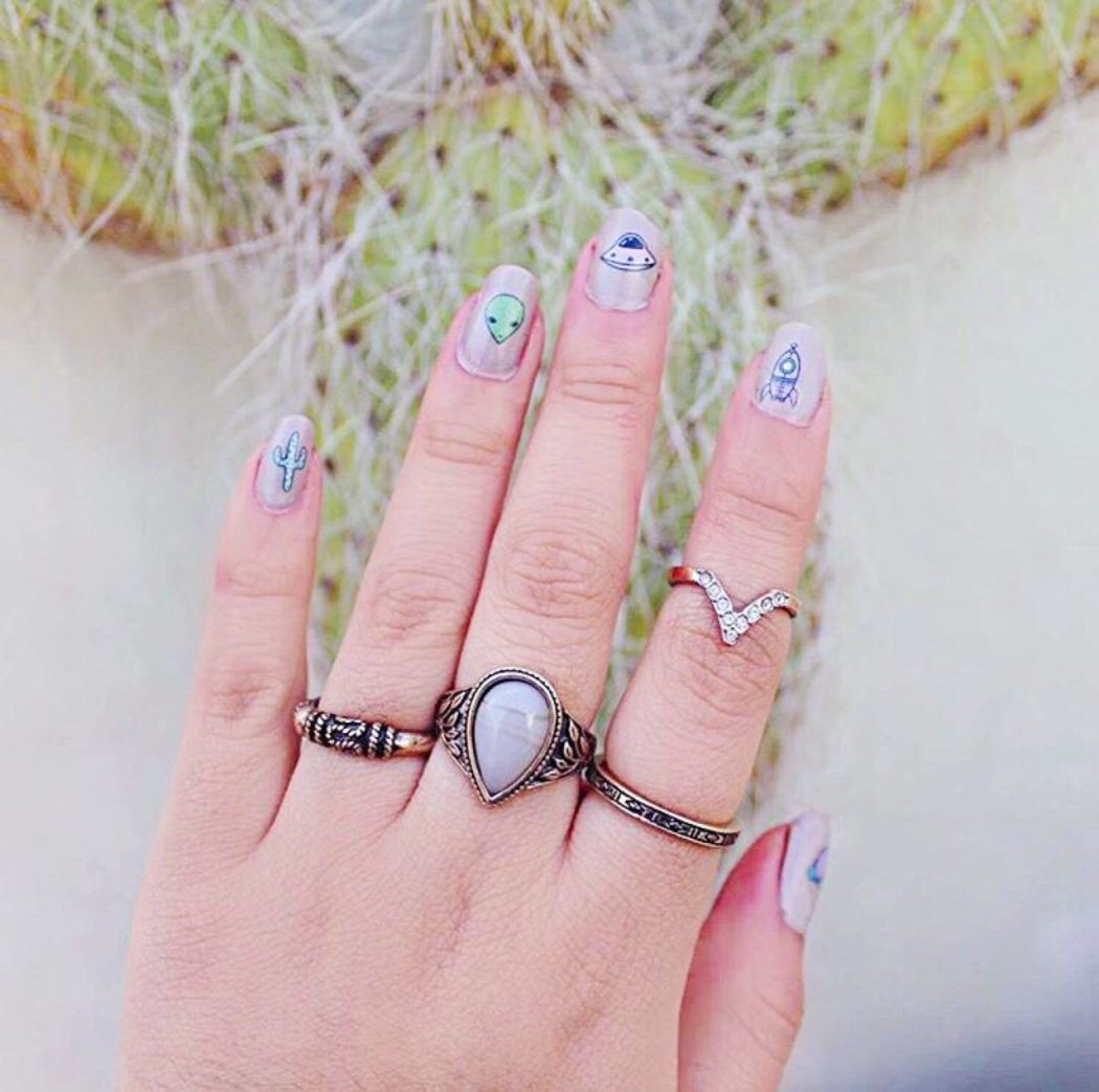 tumblr_o1pxis4GMm1su0xqyo1_1280 50+ Coolest Wedding Nail Design Ideas