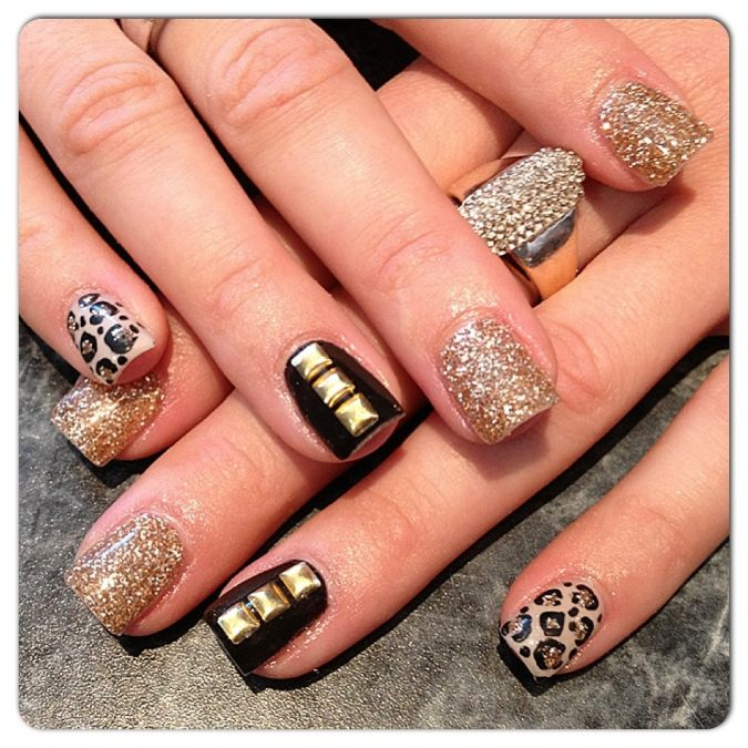 11111111-675x675 6 Most Stylish Leopard and Cheetah Nail Designs