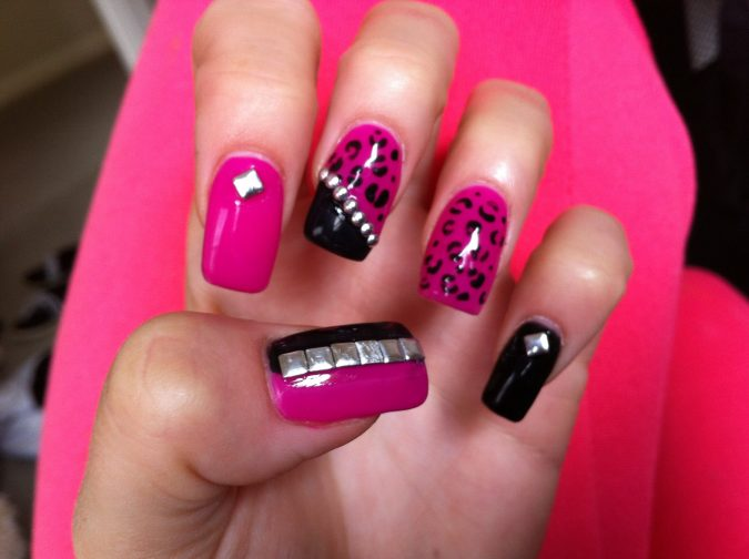 2-2-675x504 6 Most Stylish Leopard and Cheetah Nail Designs