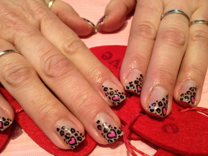 340949_239331516148919_100002162183494_526223_1944107116_o2-675x506 6 Most Stylish Leopard and Cheetah Nail Designs