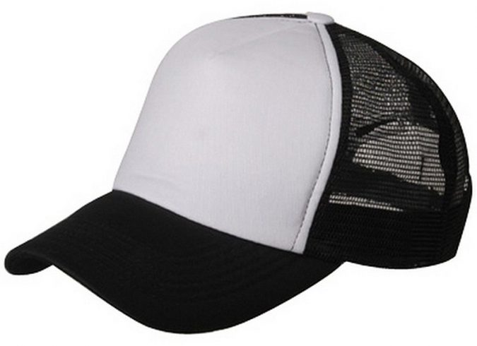 4-1-675x490 5 Trendy Men Hats on Their Way for 2020