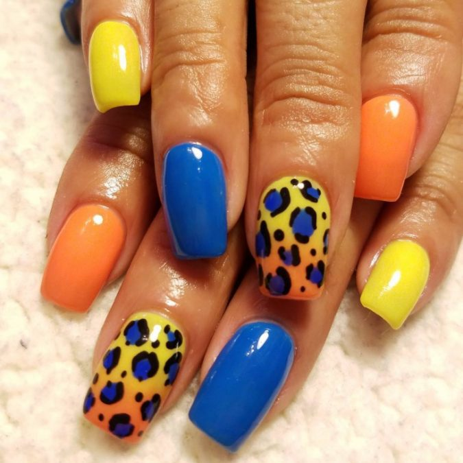 4-3-675x675 6 Most Stylish Leopard and Cheetah Nail Designs