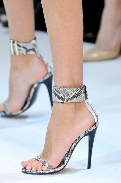 71b4e8a7e706392b06d4335f60cf43e8 5 Upcoming Shoes Trends for Women in 2020
