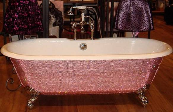 9161-583x377 69 Most Expensive Gemstones Bathtubs