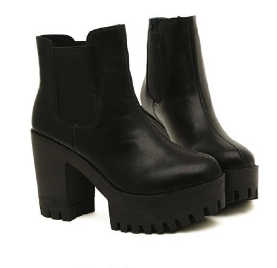 A-Real-Platform-Boots1 Top 10 Most Stylish Boot Trends