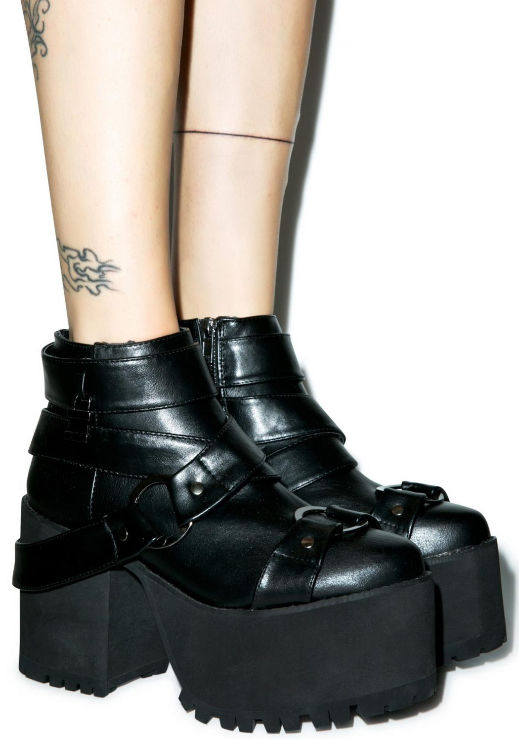 A-Real-Platform-Boots3 Top 10 Most Stylish Boot Trends
