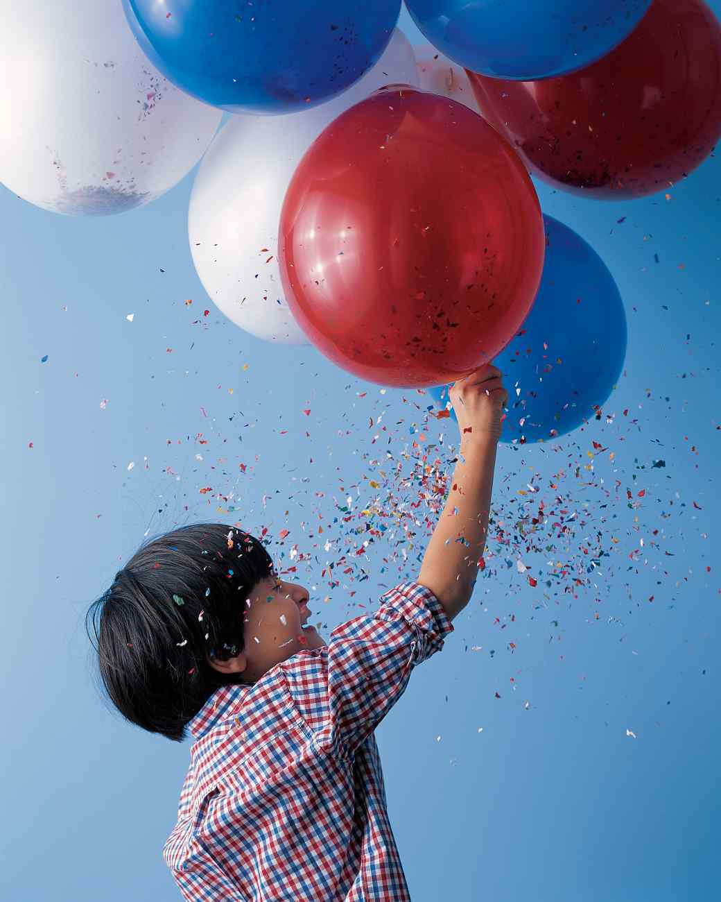Balloon-Fireworks1 Creative Ideas: 4 Memorial Day Celebration Ideas
