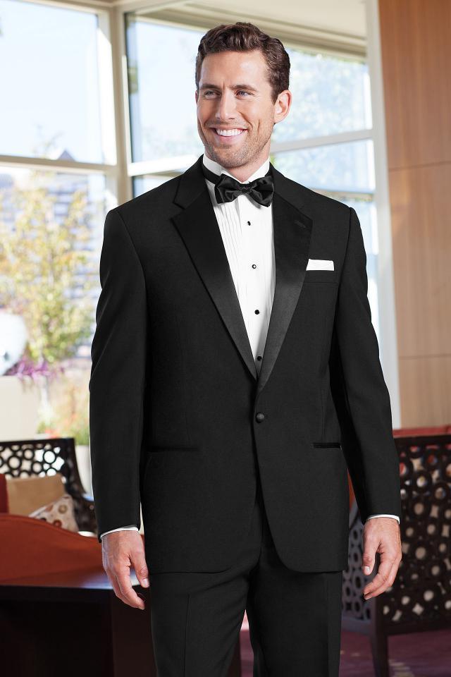Classic-Black-Tuxedo2 6 Elegant Weddings Outfit Ideas for Men in 2020