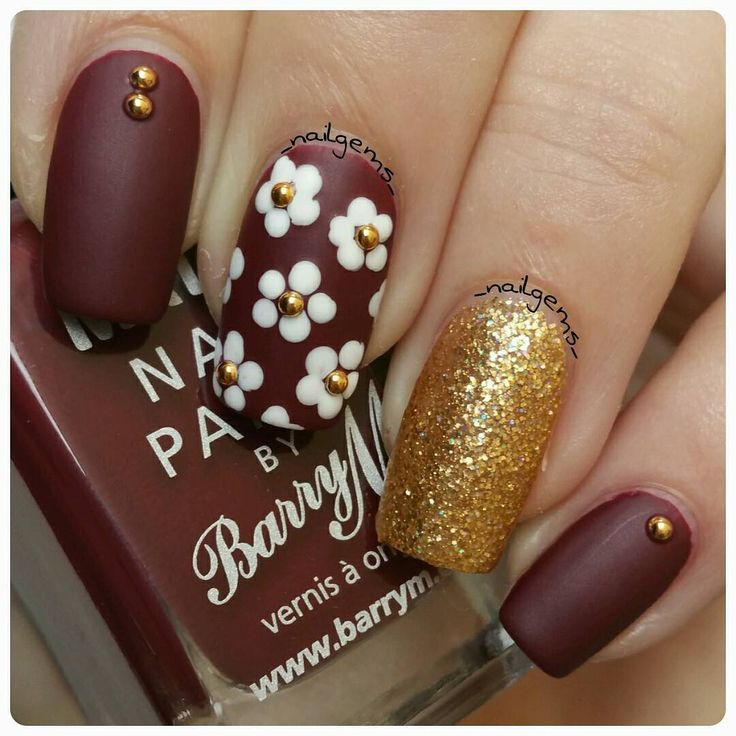 Fall-Flowers2 10 Thanksgiving Nail Art Design To Try