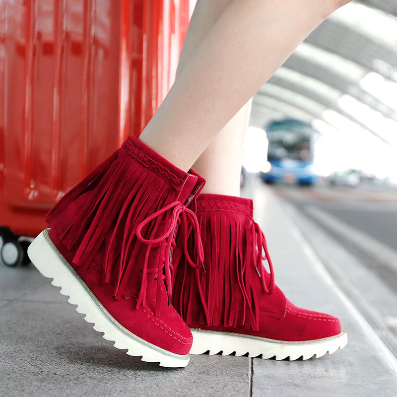 Fringing-Boots4 Top 10 Stylish Boot Trends in 2017