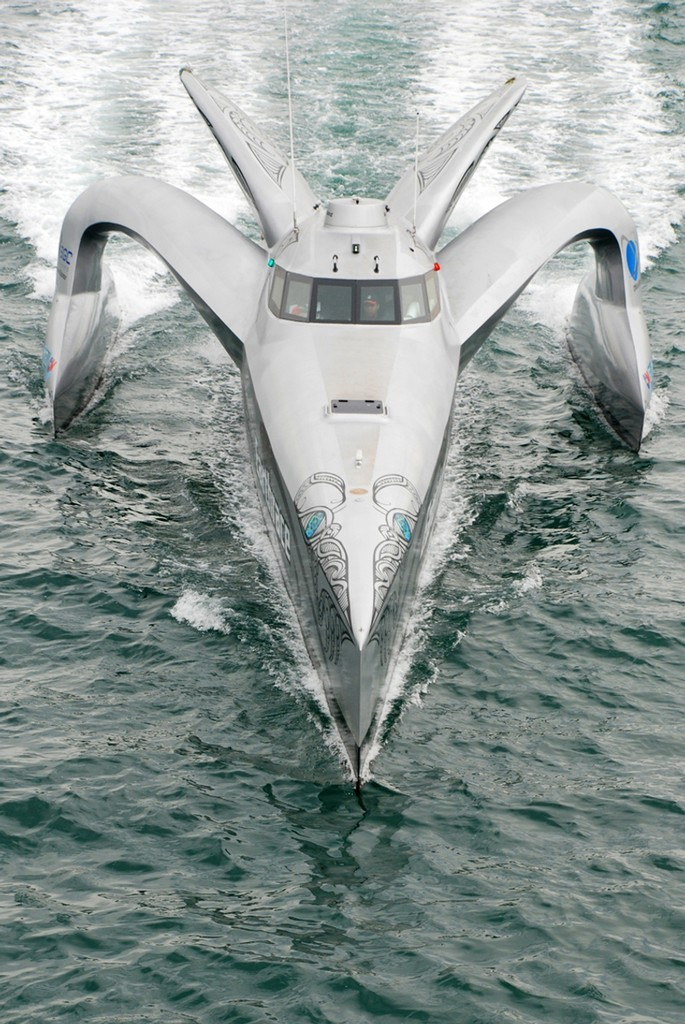 Large_peterfaretra011l1 Top 10 Craziest Future Boat Designs