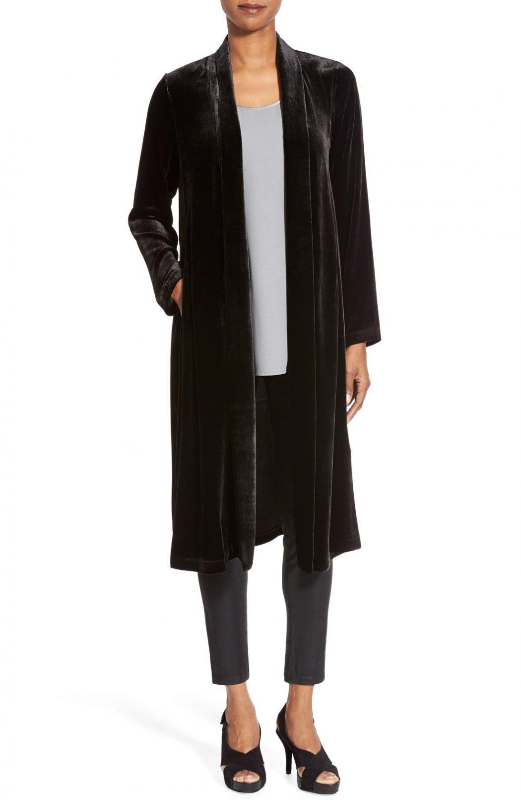 Long-Black-Coat2 8 Main Winter & Fall Jackets & Coats Trends in 2018