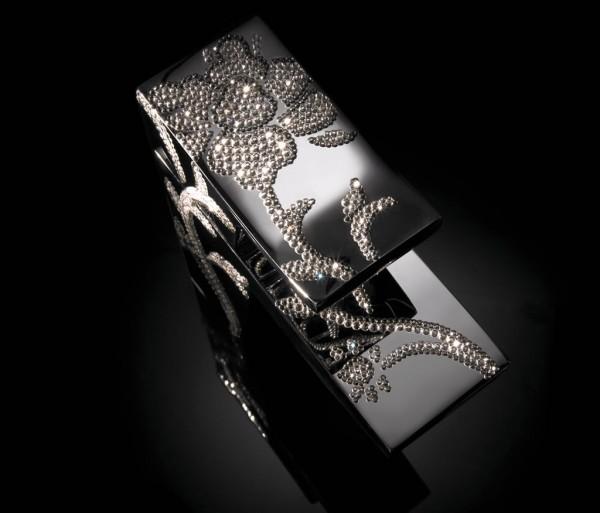 Maier_Luxury_Chrome_Basin 55 Most Famous Diamond faucets