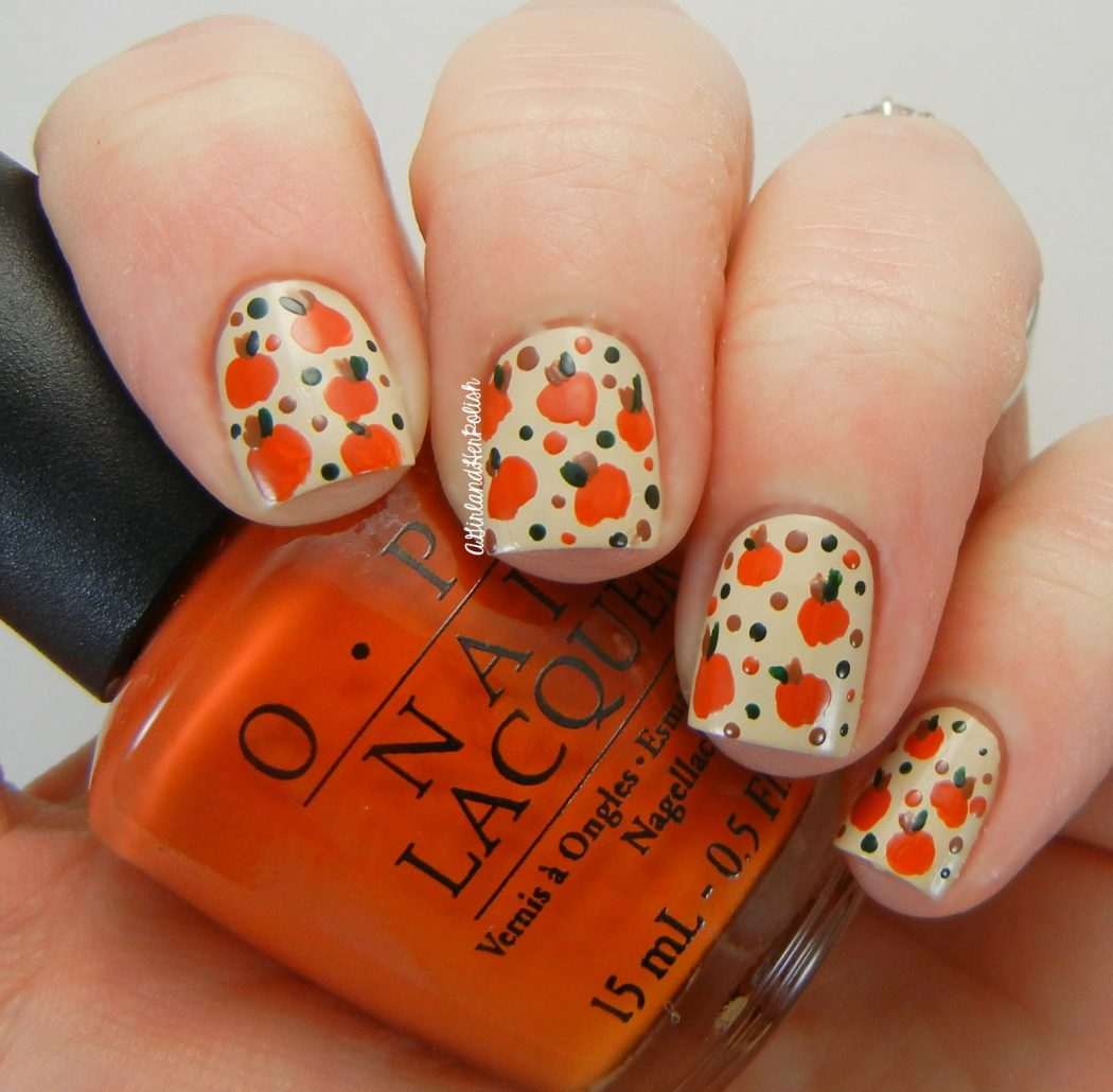 Patch-of-Pumpkins2 10 Thanksgiving Nail Art Design To Try
