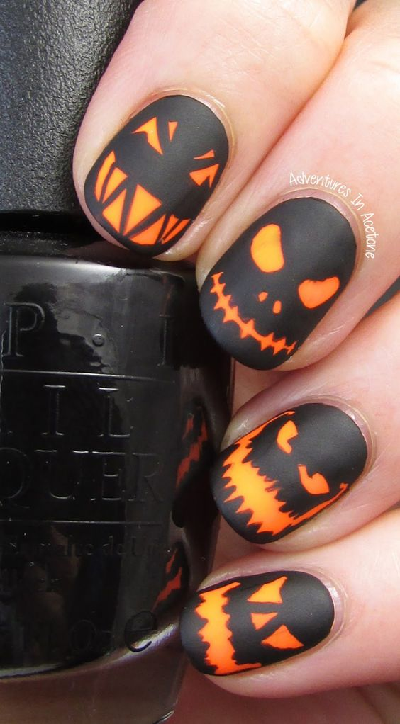 Patch-of-Pumpkins3 10 Thanksgiving Nail Art Design To Try