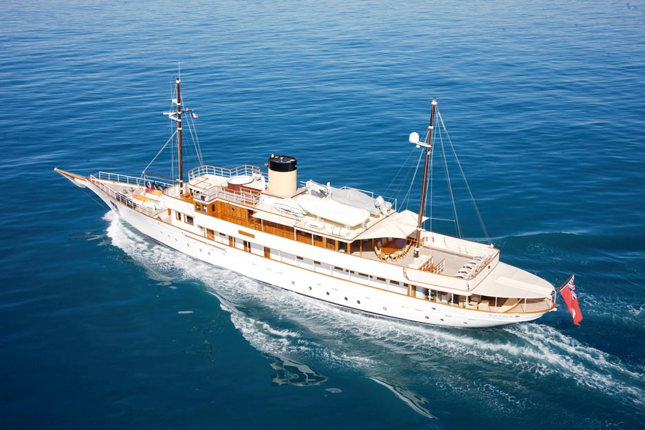 RS-EDEN-Exterior-1 Top 10 Craziest Future Boat Designs