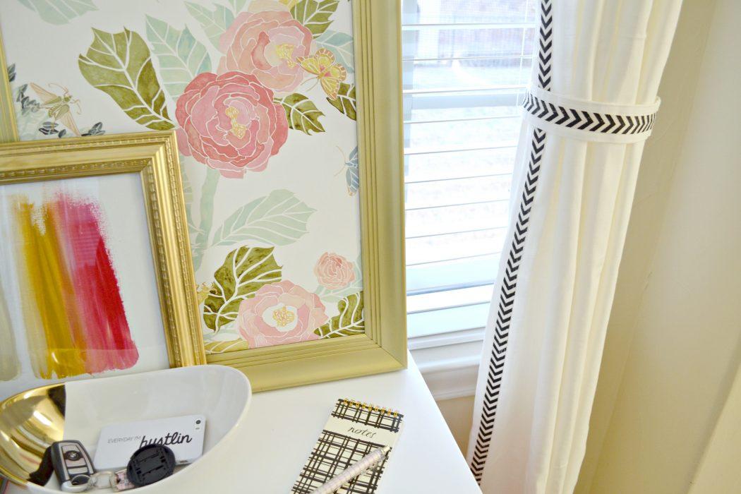 Ribbon-Glued-Curtain1 37+ Creative Curtains Design Ideas To DIY