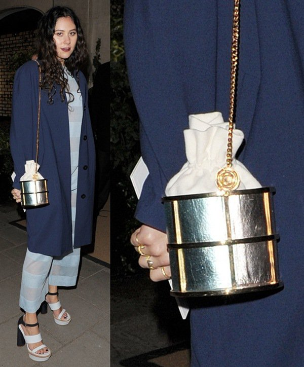Weird-Bags-Eliza-Doolittle3 Top 10 Unusual Handbags That Are in Fashion