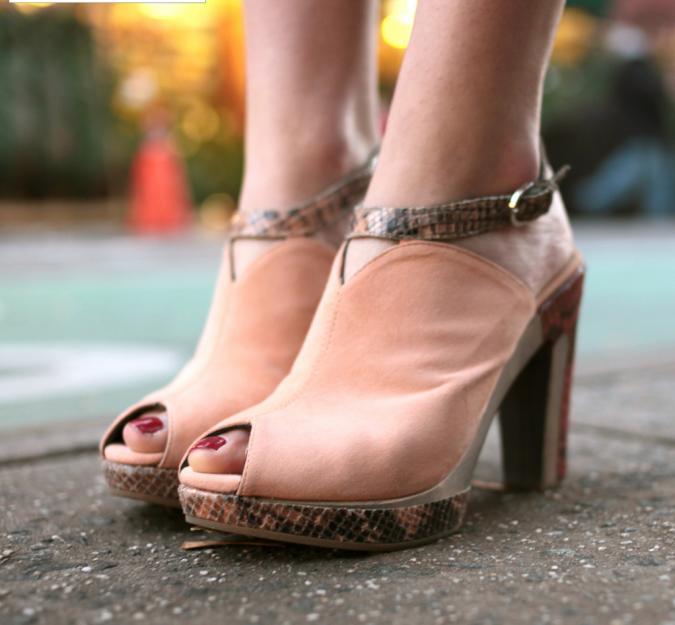 aaaaaaaaa-1-675x625 5 Upcoming Shoes Trends for Women in 2018