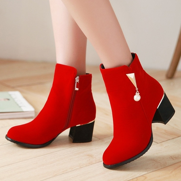 ankle-boots-5 24+ Most Stylish Boot Trends for Women in 2020