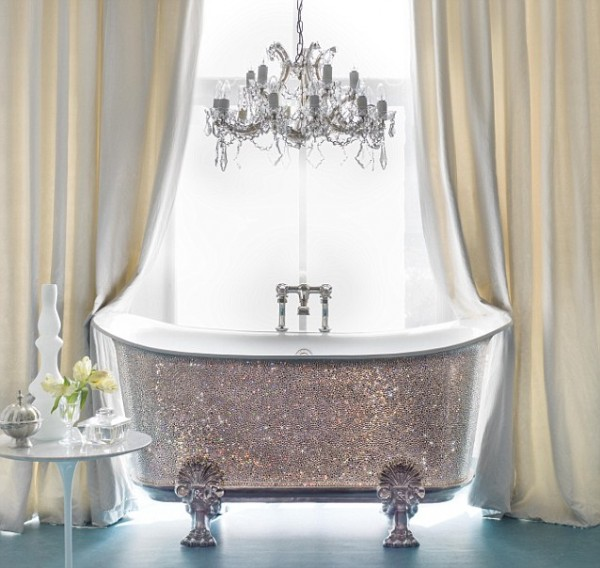 article-2303877-1915CD4B000005DC-512_638x604 69 Most Expensive Gemstones Bathtubs