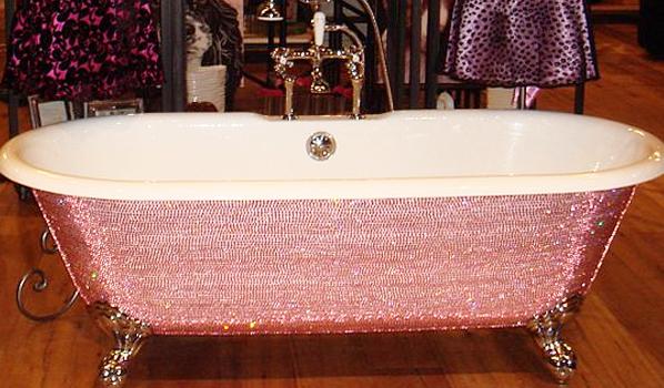 blog_aroeira_home_swarovski_amarcadomundo2 69 Most Expensive Gemstones Bathtubs