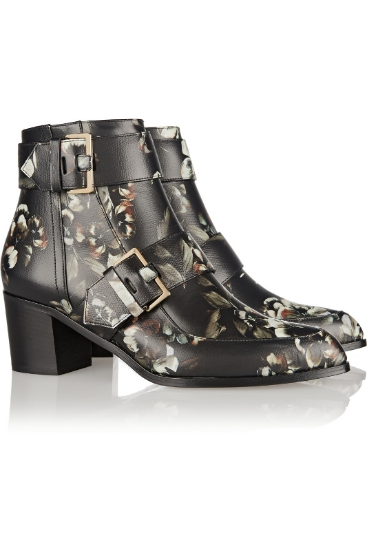 catchy-prints-2 24+ Most Stylish Boot Trends for Women in 2020
