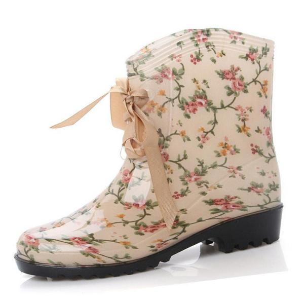 catchy-prints-3 24+ Most Stylish Boot Trends for Women in 2020