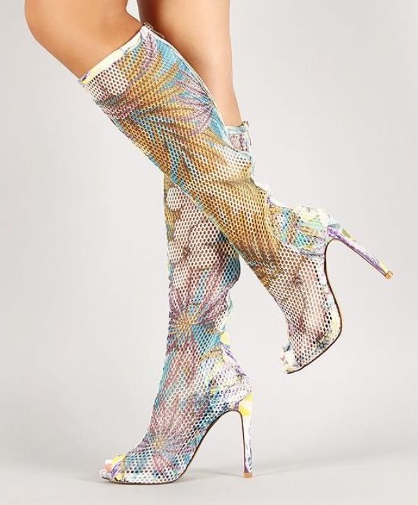 catchy-prints-4 24+ Most Stylish Boot Trends for Women in 2020