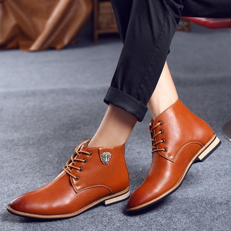 classic-boots2 Top 10 Most Stylish Boot Trends