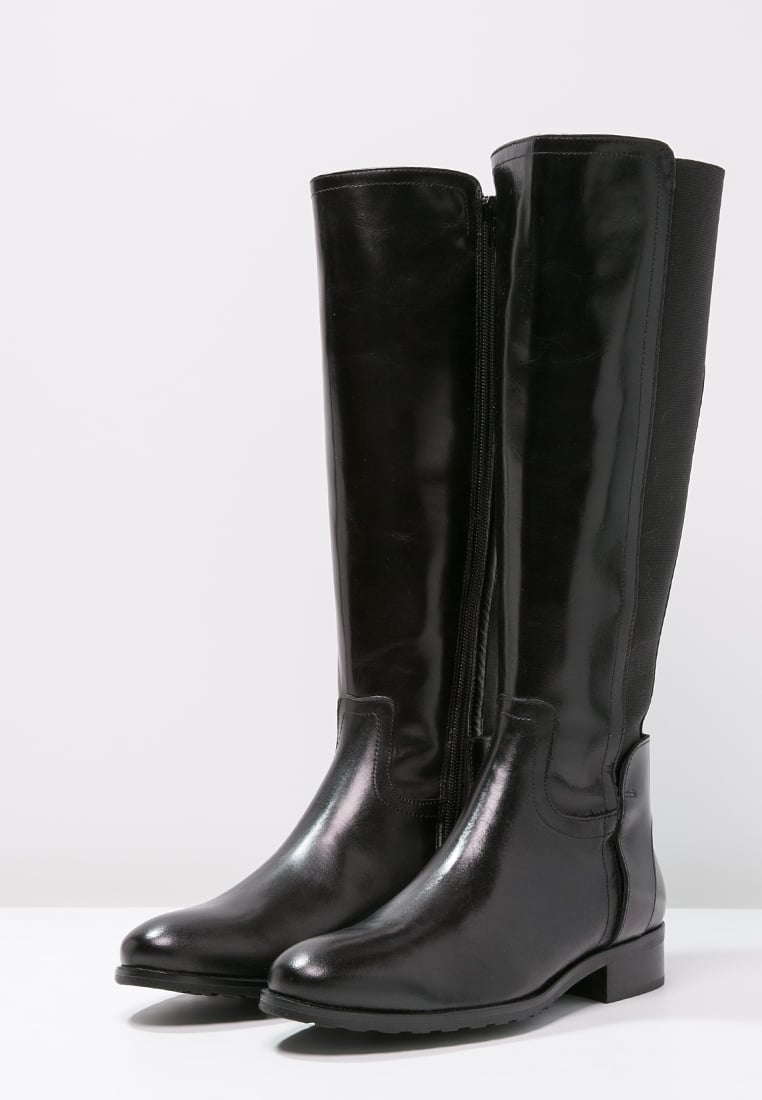 classic-boots4 Top 10 Most Stylish Boot Trends