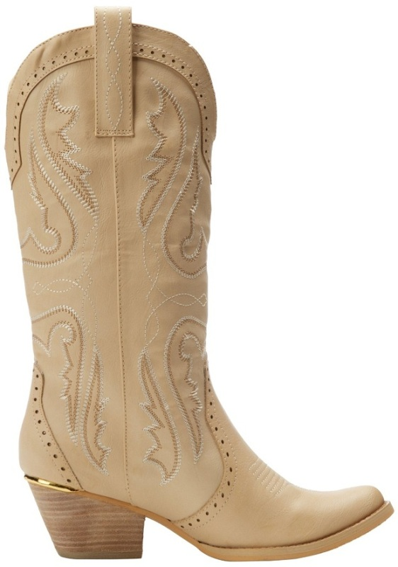 cowgirl-boots-1 24+ Most Stylish Boot Trends for Women in 2020