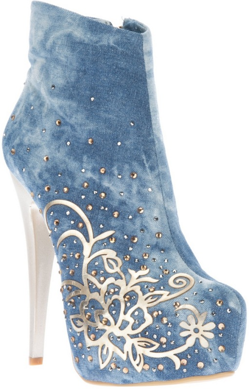 embellished-boots-1 24+ Most Stylish Boot Trends for Women in 2020