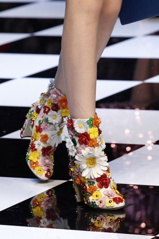 embellished-boots-2 24+ Most Stylish Boot Trends for Women in 2020