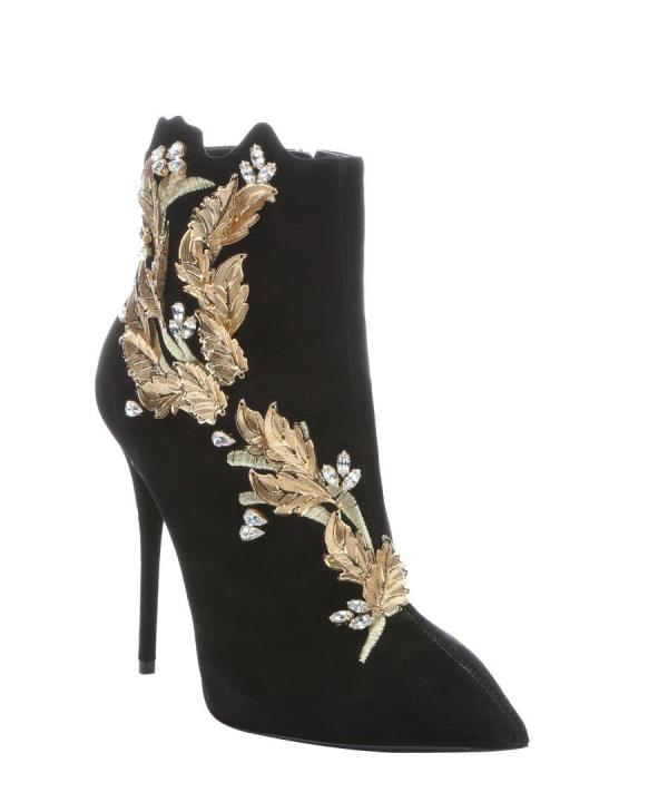 embellished-boots-3 24+ Most Stylish Boot Trends for Women in 2020