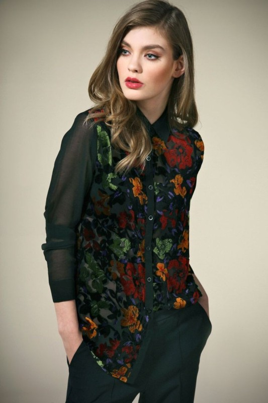 floral-prints-2 14+ Latest Print Trends for Women in 2020