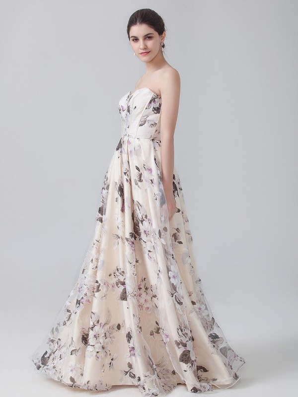 floral-prints-6 14+ Latest Print Trends for Women in 2020