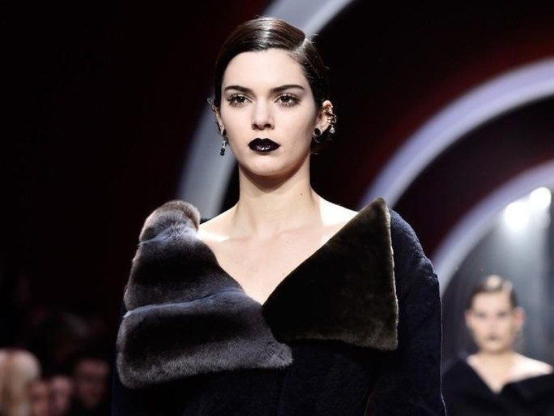 fur-outfits-2017-1 36+ Hottest Fashion Trends You Need to Know