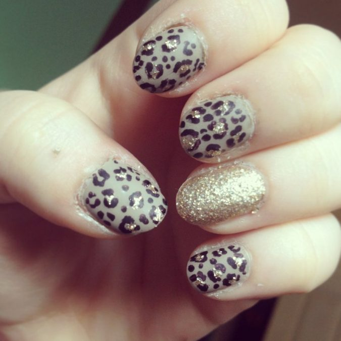 glaaaa-675x675 6 Most Stylish Leopard and Cheetah Nail Designs