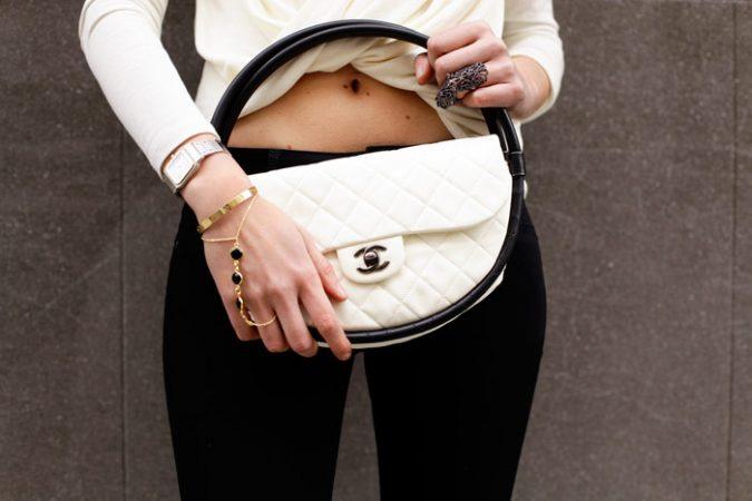 hiil-675x450 Top 10 Unusual Handbags That Are in Fashion