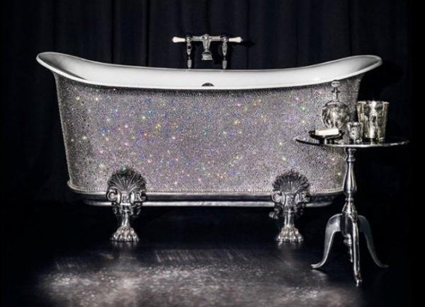 imgresize.php_ 69 Most Expensive Gemstones Bathtubs