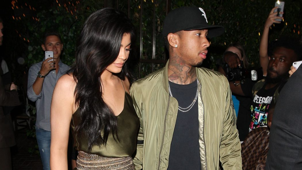 kylie_tyga_1280_spl1328938_ 25+ Women Engagement Outfit Ideas Coming in 2018