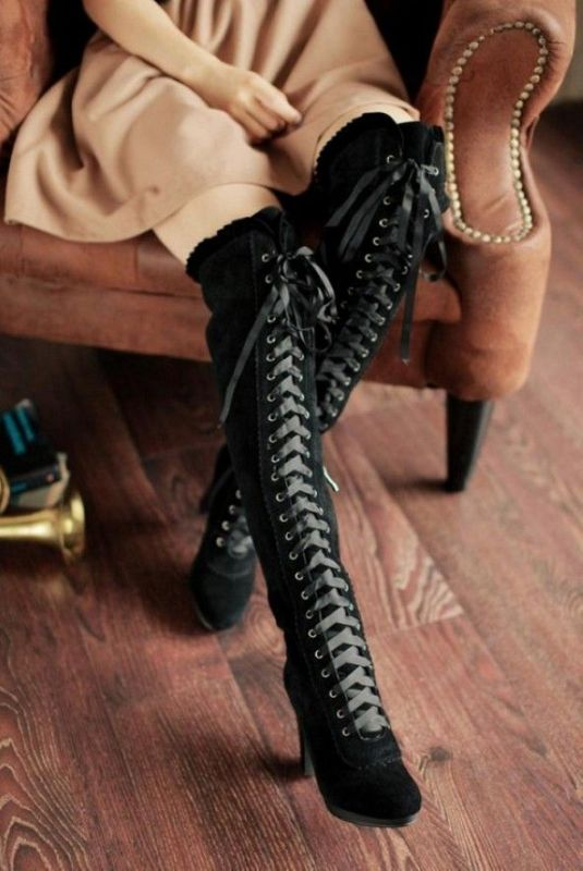 lace-up-boots-2 24+ Most Stylish Boot Trends for Women in 2020