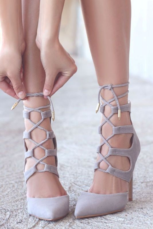 lace-up-shoes-2 28+ Catchiest Women's Shoe Trends to Expect in 2021