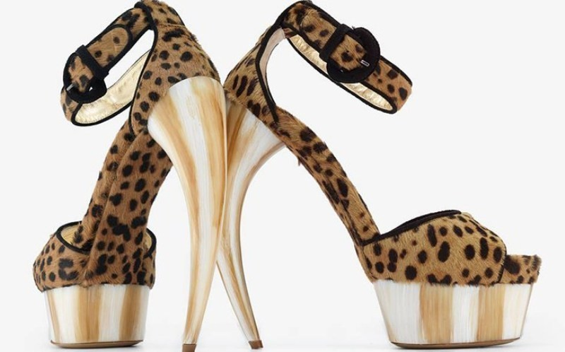 leopard-prints-1 28 Catchiest Women's Shoe Trends to Expect in 2017